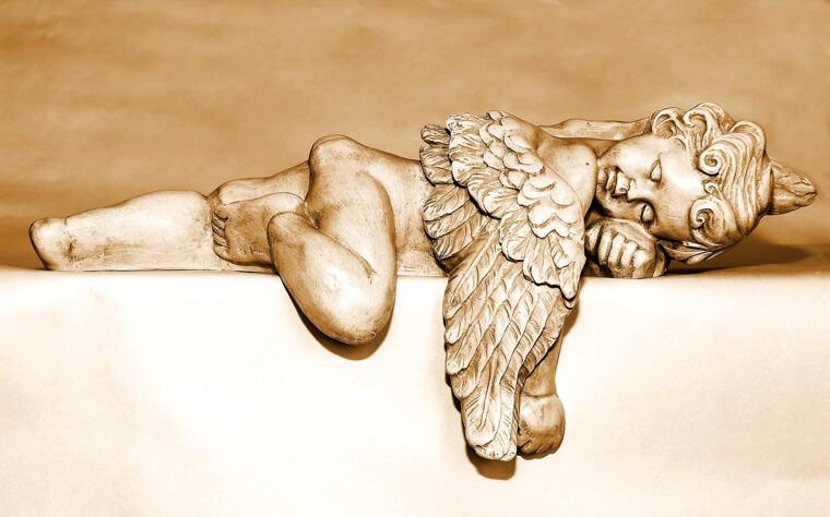 眠っている天使の写真